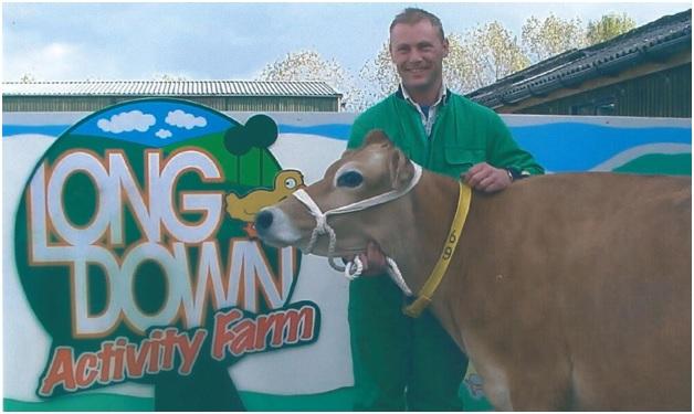 oliver at longdown farm with hiltonbury yarrow 2003